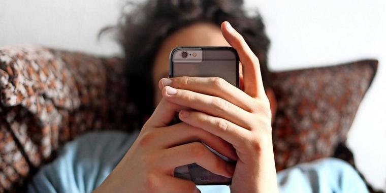 Blaues Licht, Strahlung, Sucht: Macht das Smartphone krank?