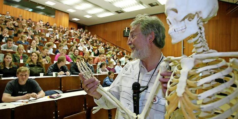 Ohne Abitur Medizin Studieren