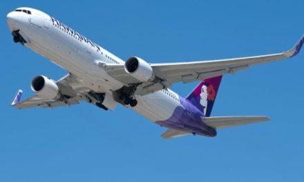 Notlandung: Flugbegleiter stirbt mitten im Flug