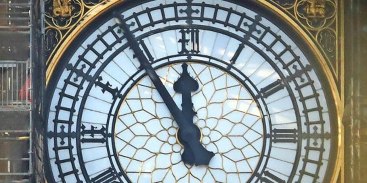 Doomsday Clock: Was hat es mit der Weltuntergangsuhr auf sich?