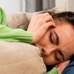 Wer wenig schläft, hat mehr Schmerzen