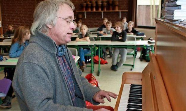 Lehrer verlässt Grundschule nach 37 Jahren