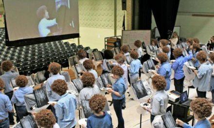Zu Ehren von Bob Ross: Schüler erinnern an beliebten YouTube-Künstler