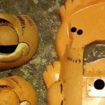Darum werden seit Jahren Garfield-Telefone in der Bretagne angespült
