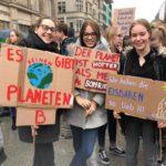 Tausende Schüler demonstrieren in Hannover für den Klimaschutz