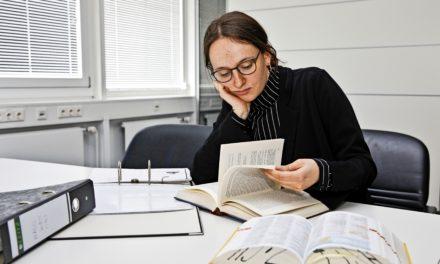 Studi-Klischees: So ist es wirklich Deutsch, Jura oder BWL zu studieren