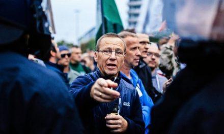 Angriffe auf Journalisten haben zugenommen – Fast alle Attacken kommen von rechts