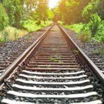 Lebensgefährlicher Teenie-Trend: Mädchen (14) posieren für Selfies auf Bahngleisen