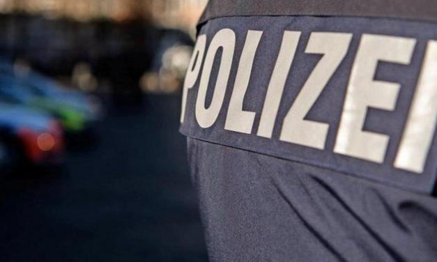 Polizei trifft nackten Schlafwandler – und bringt ihn wieder nach Hause