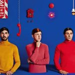 "So schockieren ""Two Door Cinema Club"" mit ihrem neuen Album ""False Alarm"""