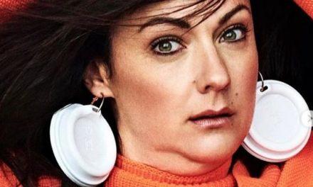 Frau stellt Modelposen nach – und landet auf dem Vogue-Cover