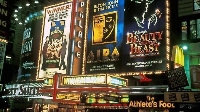 So wird für ein lesbisches Paar auf dem Broadway ein Happy End wahr