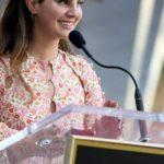 Lana Del Rey sehnt sich nach einem Amerika ohne Waffen – und singt darüber