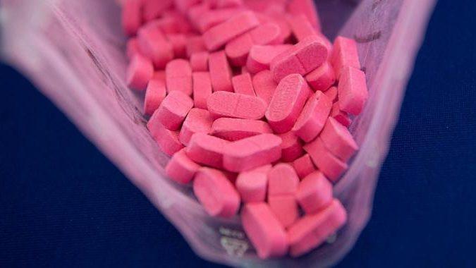 Polizei in Niederbayern findet eine Ecstasy-Pille – und das Internet dreht durch