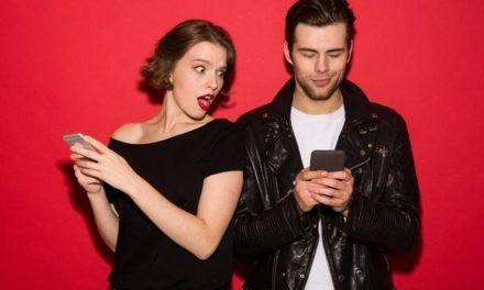 Eifersucht in der Beziehung: Woher kommt sie und wie geht man richtig mit ihr um?