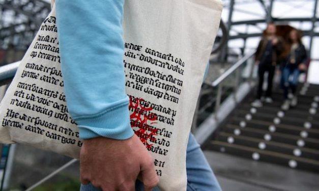 """""""In Berlin ist die Tasche überall"""": Dieser Beutel kommt gerade in New York groß raus"""