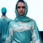 """""""Modest Fashion"""": Muslimas erziehen Modebranche zur Zurückhaltung"""