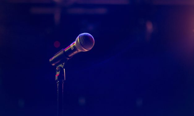 """Green Day melden sich mit neuem Album """"Father Of All…"""" zurück"""