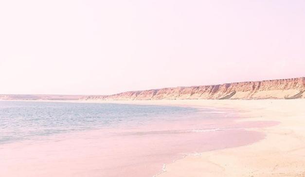 Dieser Instagram-Kanal verschafft Urlaubsgefühle in pastell