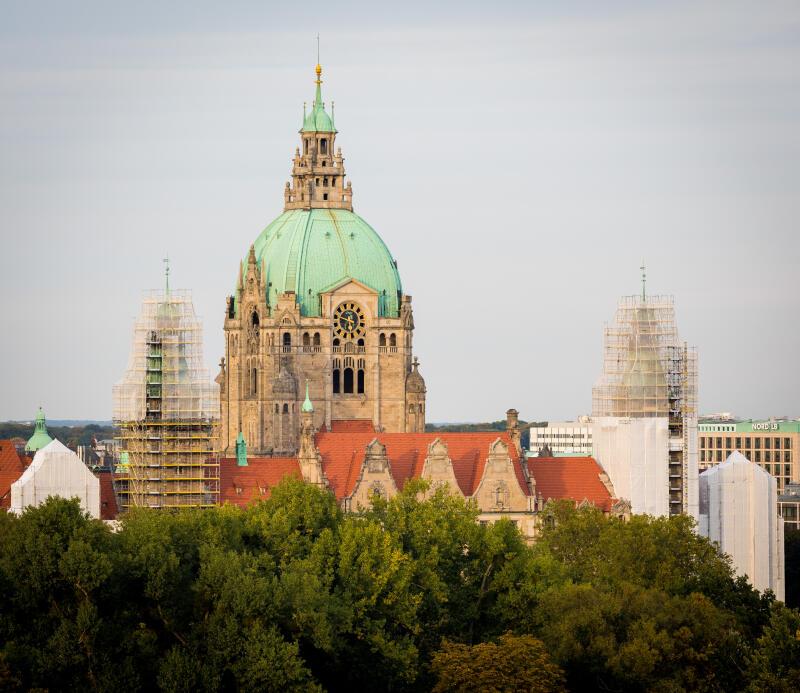 OB-Wahl in Hannover: Kandidaten stellen sich Erstwählern