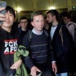 """""""Hau ab"""" – Demonstranten vertreiben AfD-Gründer Lucke aus Hamburger Uni"""