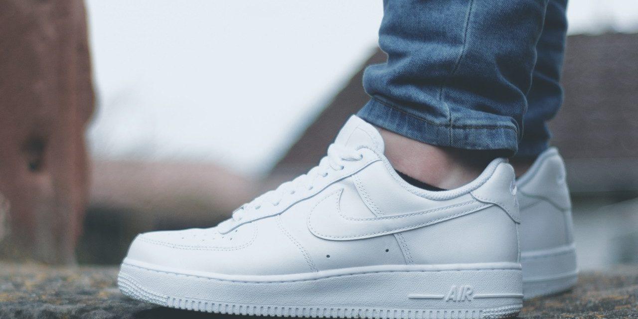 """Nike Air Force One"": Der  Hype um den Kultschuh ist aktueller denn je"