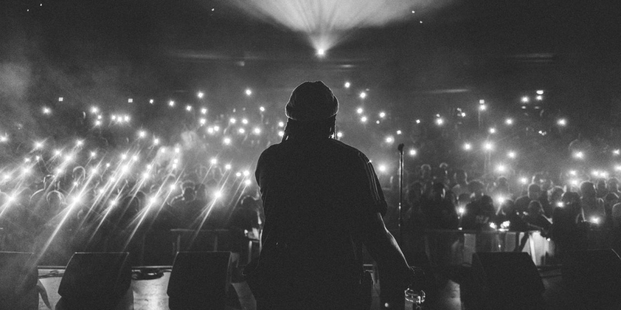 Warum Deutsch-Rap ein Problem mit Verschwörungstheorien hat
