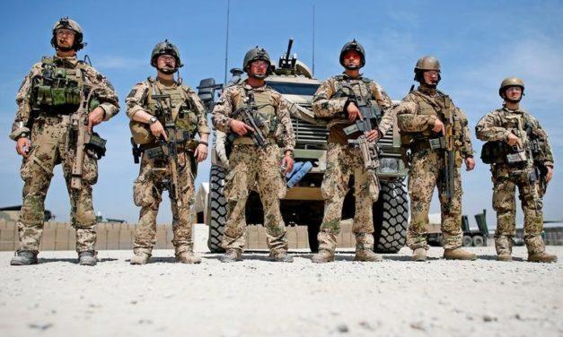 Rostocker Lehrer und Ex-Soldat schreibt Roman über einen Afghanistan-Veteranen
