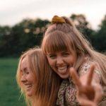 Bye Bye Fast Fashion: Anna und Karina zeigen die Vorteile von Secondhand-Kleidung