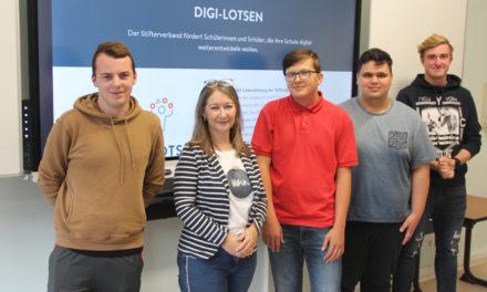 """Digitale Schule: So machen junge """"Digi-Lotsen"""" in Anklam Lehrer fit"""