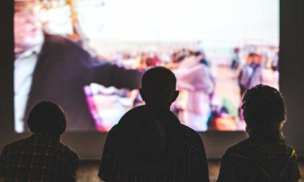 Die besten Serien und Filme für einen gruseligen Herbst