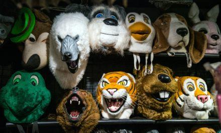 Nach Beschwerden: Versandhaus entfernt rassistische Kostüme aus Shop