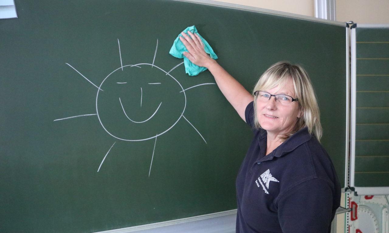 Schulen in MV: Wer macht da eigentlich sauber?