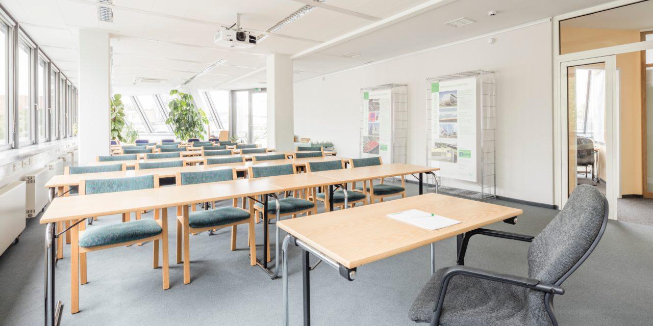Schüler kommentiert: Sollten die Schulen wieder öffnen?