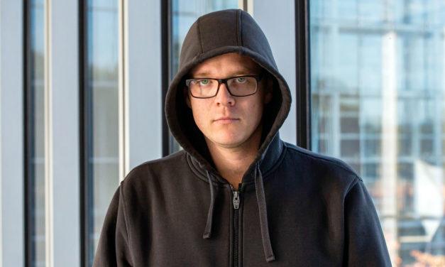 """Nach Rassismusdebatte: Nico Semsrott verlässt """"Die Partei"""""""