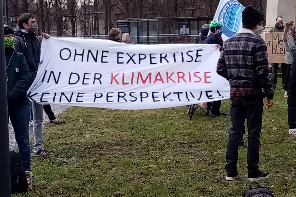 Niedersachsen: Durch den Sparkurs des Landes fallen wichtige Professuren und Studiengänge weg