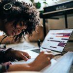 Mit der App zum Abitur: Sieben Accounts, die beim Lernen helfen