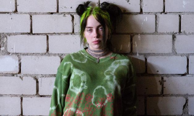 """Billie Eilish: Doku """"The World's a Little Blurry"""" zeigt sie ganz privat"""