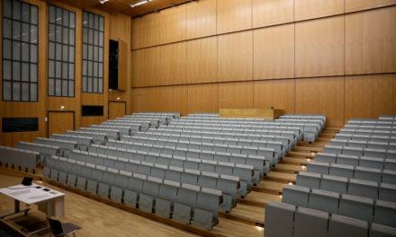 Studierende erzählen von ihrer Lebensrealität, doch Kretschmann hört nicht zu