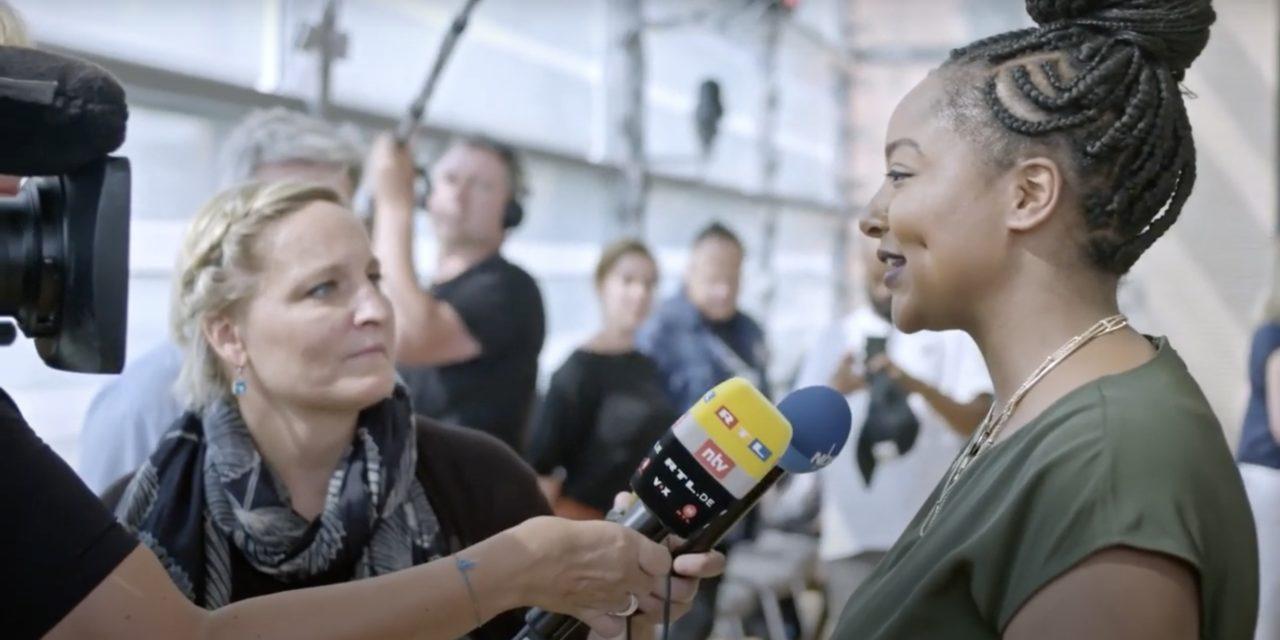 """""""Yes, she can"""": Dieser Film zeigt, wie junge Politikerinnen arbeiten"""