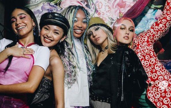 Boys World: Musik von Teenies für Teenies