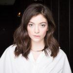 """Sommerhit kündigt Album an: Lorde kehrt mit """"Solar Power"""" zurück"""