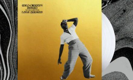 Neues Genre, alter Charme: Leon Bridges kehrt sich vom Vintage-Vibe ab